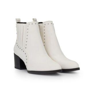 NEW! Sam Edelman White Heel Studded Booties | 5